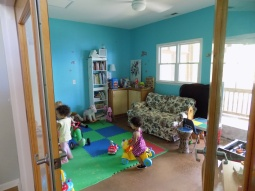 Lots of space to play, strong glass doors to see through